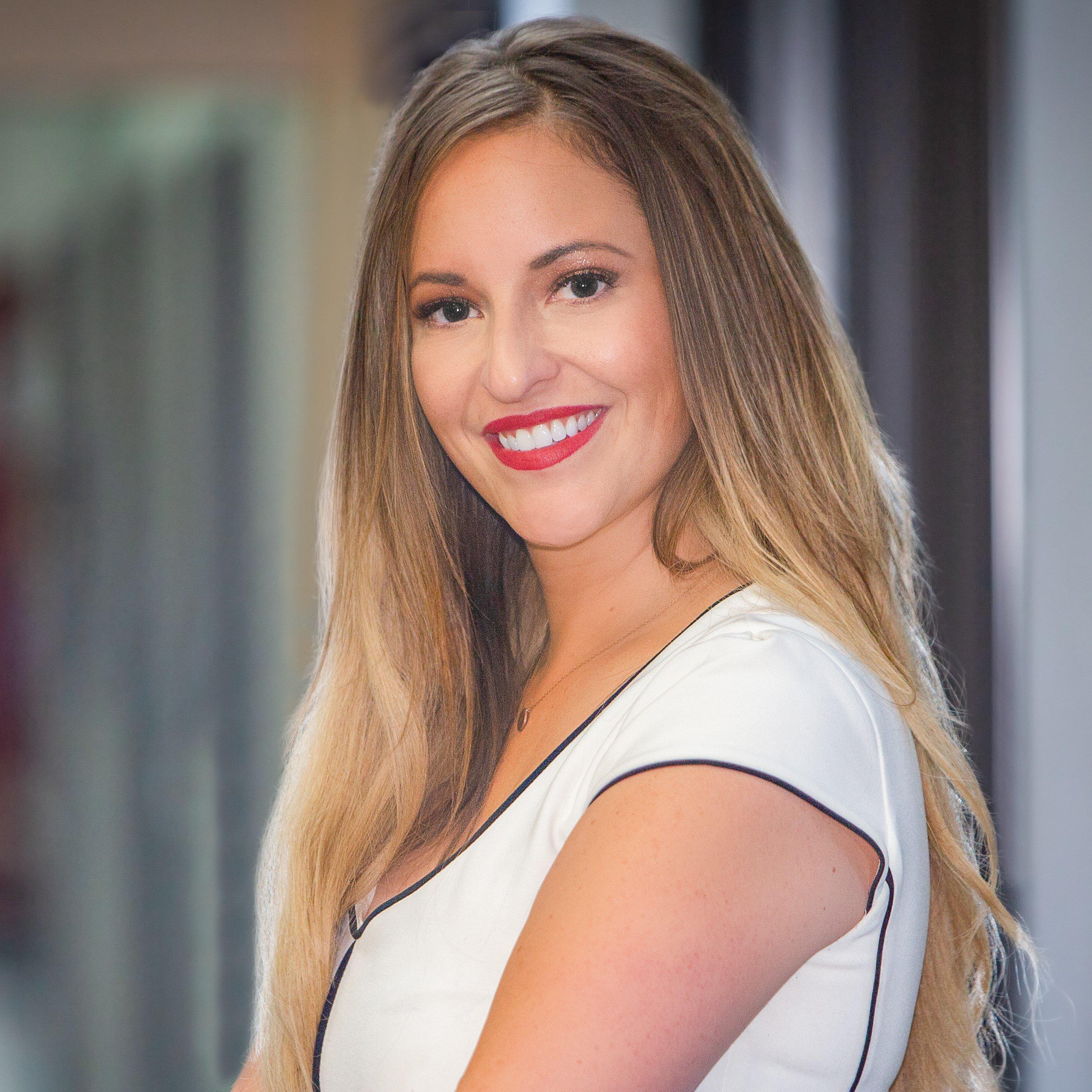 Anna Straus